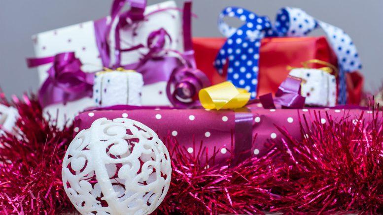 Die Richtigen Weihnachtsgeschenke Finden.Die Richtigen Geschenke Zu Weihnachten Weihnachts Accessoires De